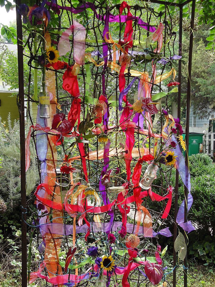 YAD2013-003-CarolynShepard-FlowerArt